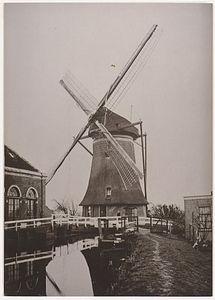 Boek over molen en gemaal Papekop
