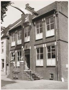 Gemeentehuis van Benschop, circa 1970.