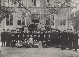 De officiële opening van het gemeentehuis van Benschop, 21 maart 1940.